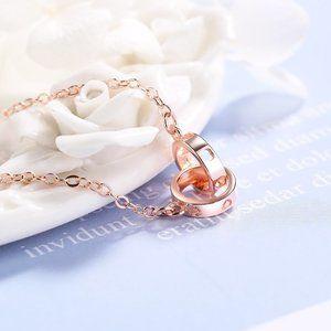 NEW Rose Gold Interlocking Circle Bracelet